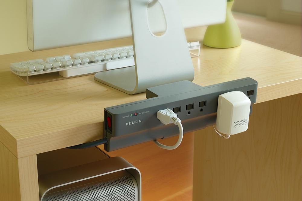 Belkin Clamp | Acomodando los cables