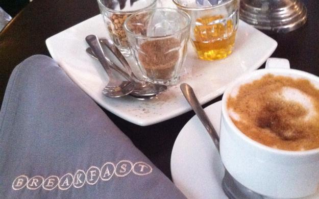 Para desayunar: Breakfast, en la Roma 4