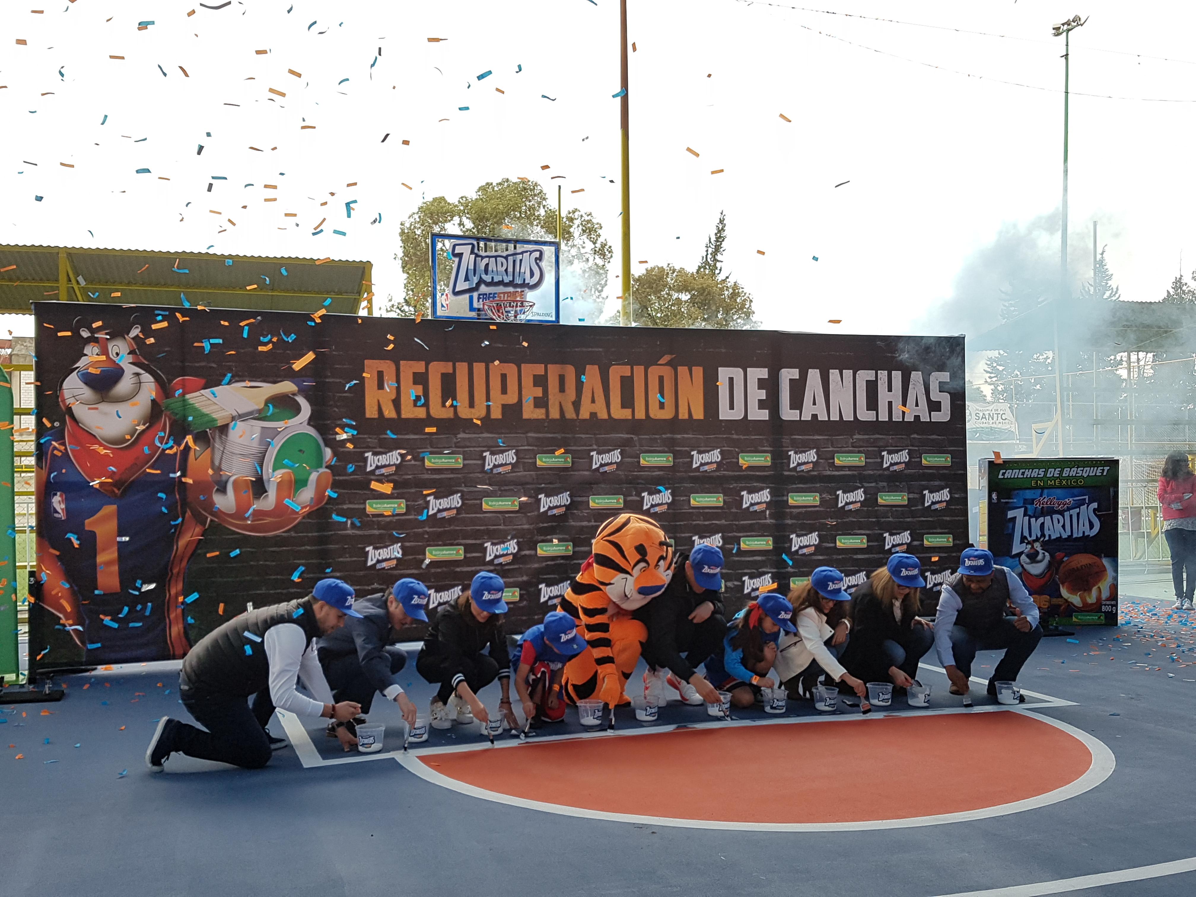 Zucaritas promueve la recuperación de canchas en México 2